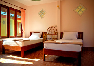 CLEAN AND STYLISH ROOMS AT SEABOARD BUNGALOWS