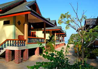EVERY BUNGALOWS IS SITUATED CLOSE TO THE SEA