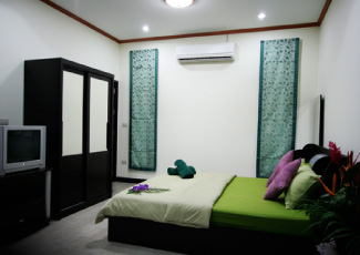 FULL AMENITIES INSIDE ROOM