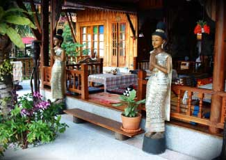 THAI LANNA DESIGNED RESTAURANT