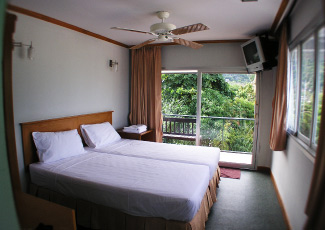 COSY ROOM AT SEA GARDEN RESORT