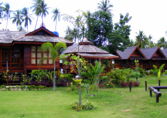 THAI LANNA STYLE RESORT