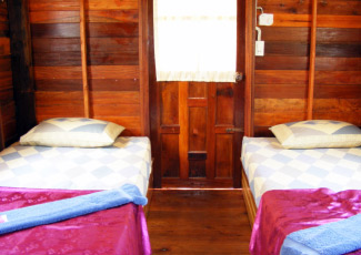 STANDARD FAN BUNGALOW WITH TWIN BEDS