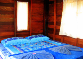 STANDARD FAN BUNGALOW WITH 1 DOUBLE BED
