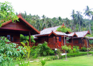 EVERY BUNGALOW IS SET IN LUSH GARDEN
