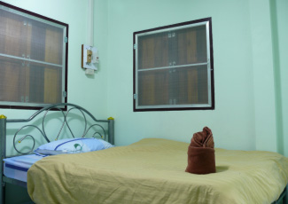 GARDEN BUNGALOW WITH 1 DOUBLE BED