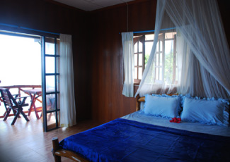 OCEAN VIEW BUNGALOW WITH 1 DOUBLE BED