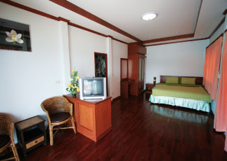 SEA-VIEW AIR-CON BUNGALOWS WITH 1 DOUBLE BED