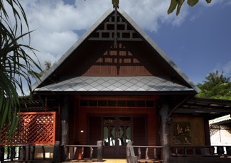 THAI STYLE WOODEN BUNGALOW