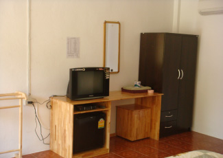 AMENITIES INSIDE DELUXE BUNGALOW