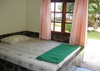 STANDARD ROOM WITH A DOUBLE BED