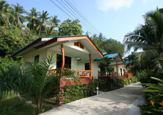 GREEN PEACH BUNGALOW