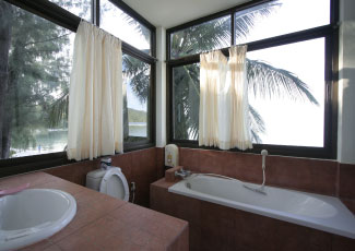 Bathroom inside Honeymoon bungalow