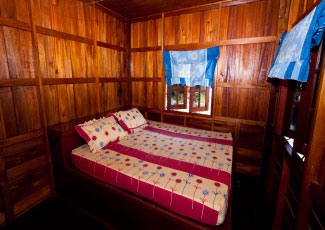 WOODEN BUNGALOW WITH 1 DOUBLE BED