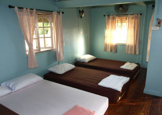 BUNGALOW WITH 2BEDS(1D/1S) AND EXTRA BED