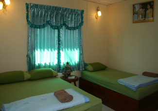 Air Con Bungalow with 2 Beds