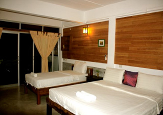 Over Sea View Wooden Hotel Room