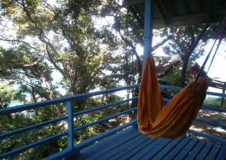 Bungalow small with hammock at the balcony