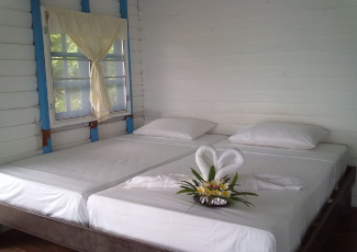 Bungalow twin beds