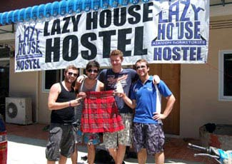 Lazy House Hostel Full Moon Party