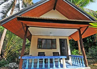 Garden Bungalow with Air-Con