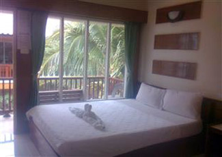 Superior Beachfront Air-Con Room