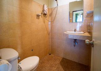 Superior Bungalow - Toilet