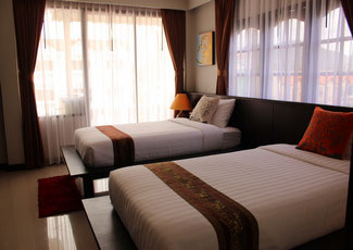 Room XL