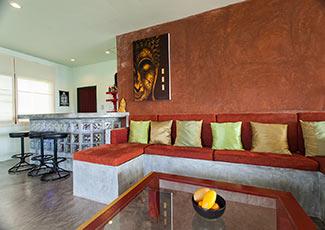 Upstairs Lounge & Bar
