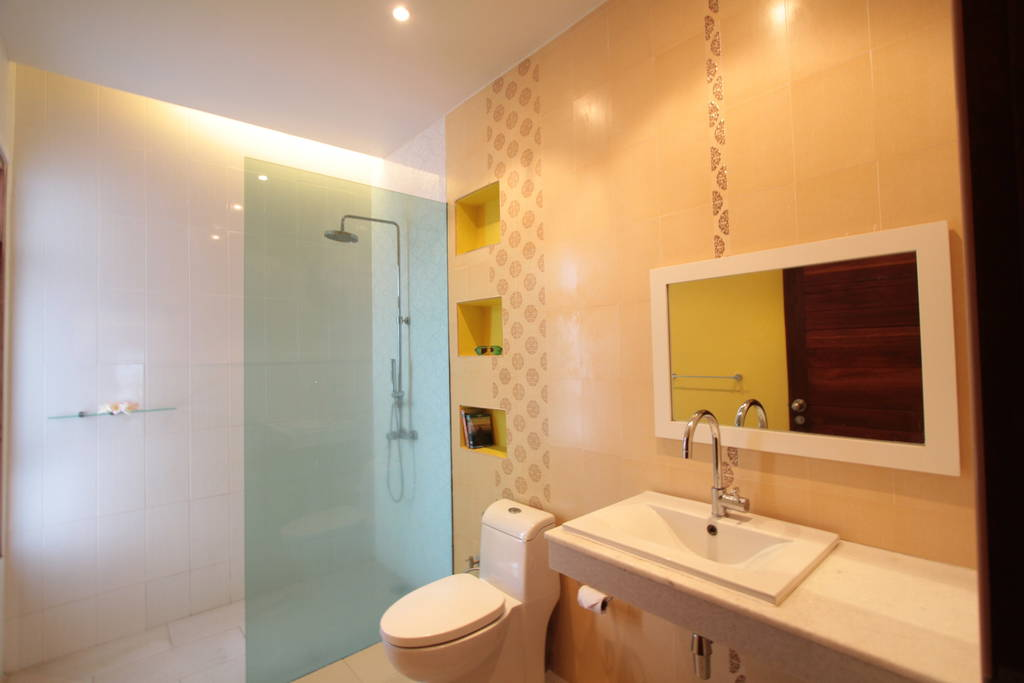 2nd Bathroom with Rain Shower