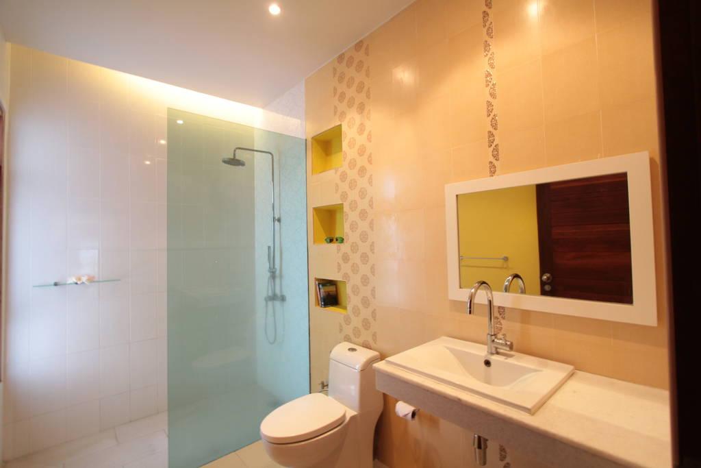 2nd Bathroom with Rain Shower