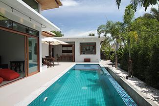 Swimming pool, master bedroom & kitchen