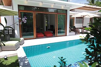 swimming pool & master bedroom