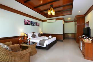 Superior Grand Room