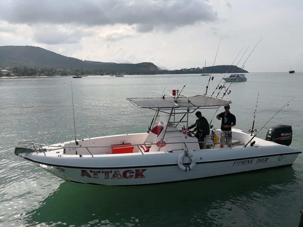 Attack Fishing Tour Boat